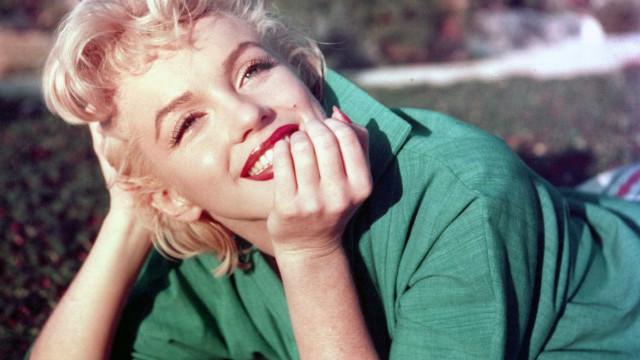 Cena com Marilyn Monroe nua é encontrada durante pesquisa para livro