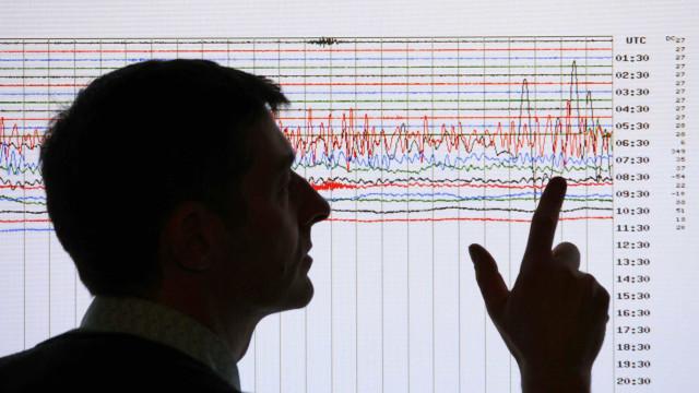 Itália é atingida por terremoto neste domingo