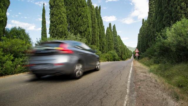 Vai viajar de carro nas férias? Então siga à risca estas recomendações