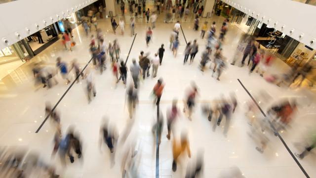 Comércio esperar contratar 111 mil temporários para o fim do ano
