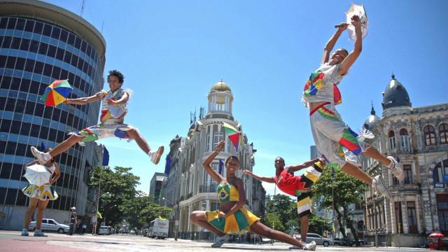 No Recife, maracatu dará lugar ao frevo durante a abertura do Carnaval