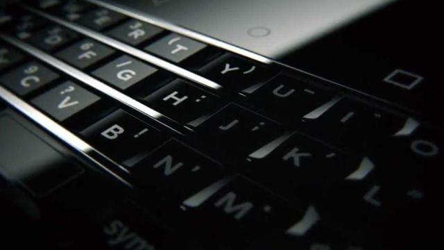 Renascido das cinzas: BlackBerry prepara novo smartphone