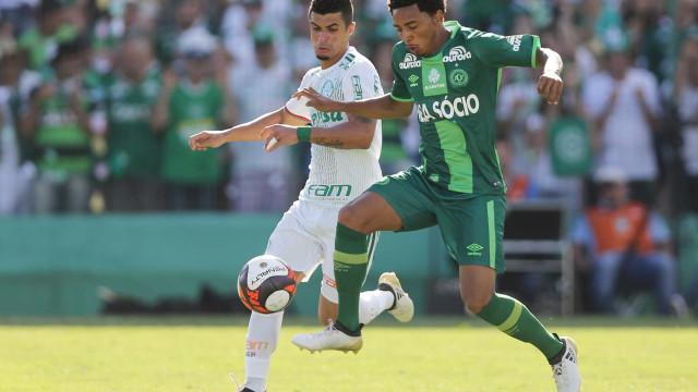 Amistoso com Palmeiras rendeu à Chape mais que semi da Sul-Americana