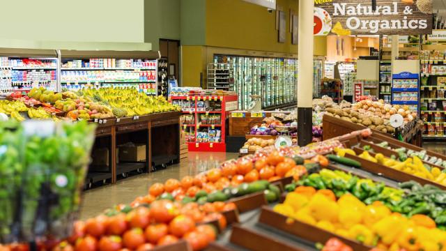 Em um ano, é possível economizar R$ 2,8 mil em supermercado