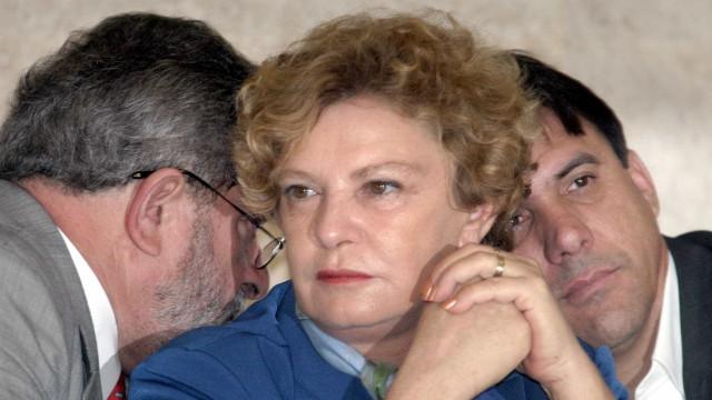 Placa de viaduto com nome de Marisa Letícia é roubada em SP