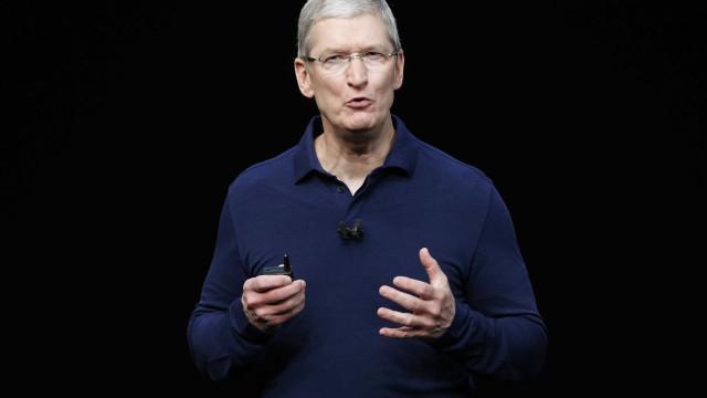 Presidente da Apple critica Facebook e defende regulação de dados