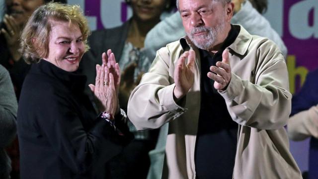 Advogados de Lula pedem absolvição de Marisa Letícia ao TRF4
