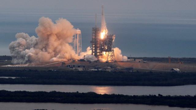 NASA vai abastecer Estação Espacial com foguete da Space X