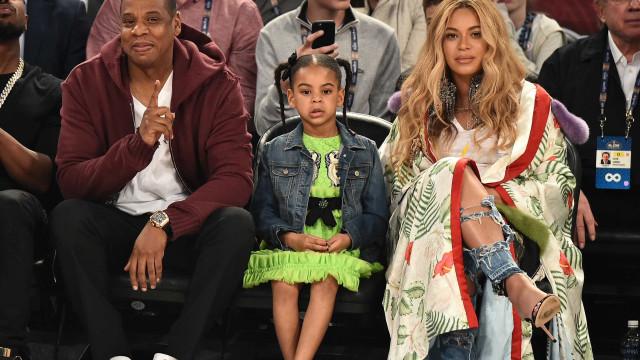 Filha de Beyoncé brilha com vestido de R$ 14 mil