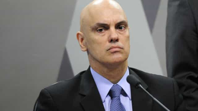 Moraes critica partido de Bolsonaro e defende 'reforma política séria'