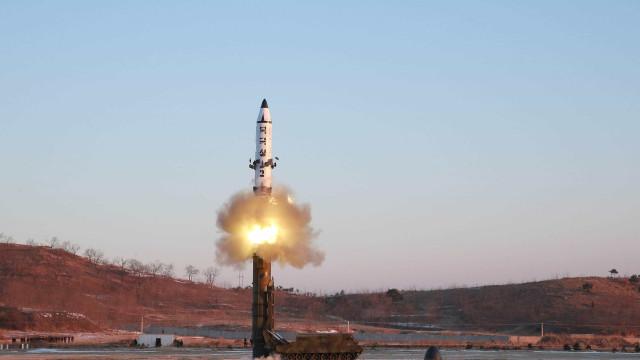 Putin: 'Novo míssil sem limite de alcance terá trajetória imprevisível'
