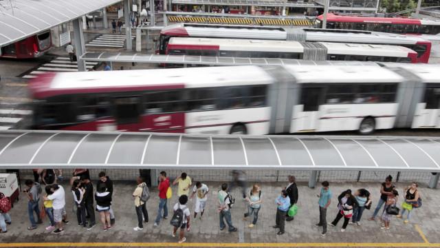 Cidades do ABC Paulista aumentam tarifa de ônibus; grupo marca protesto
