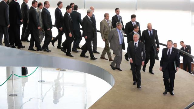Até abril, mais 14 ministros devem desembarcar do governo Temer