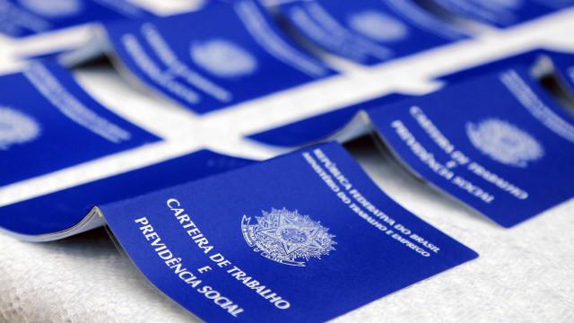 País fecha 12,3 mil vagas formais no mês de entrada em vigor da reforma
