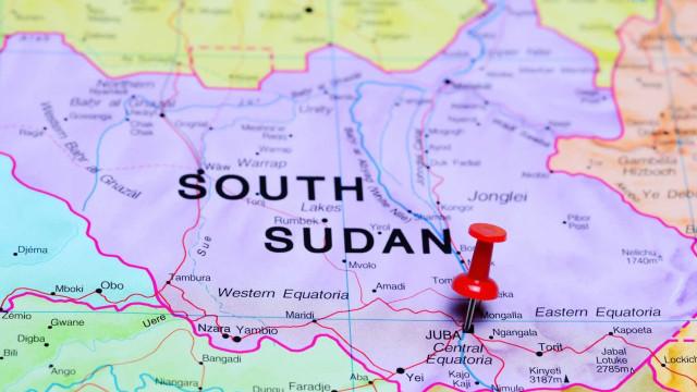 Queda de avião deixa mais de 20 mortos no Sudão do Sul