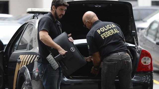 PF cumpre mandados contra quadrilha que roubava bancos no Rio