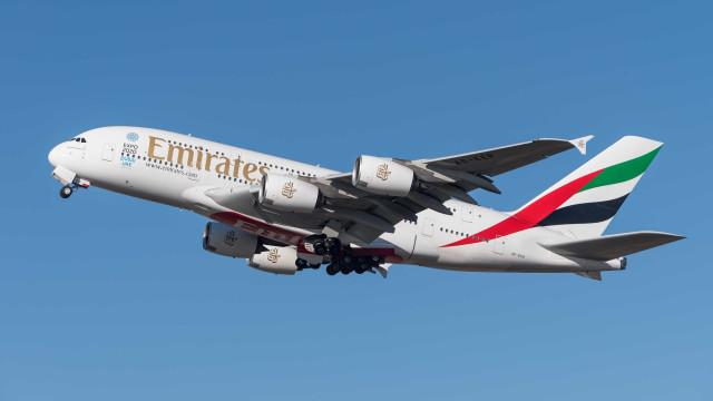Caso de corrupção atinge Airbus, que prevê 'tempos turbulentos'