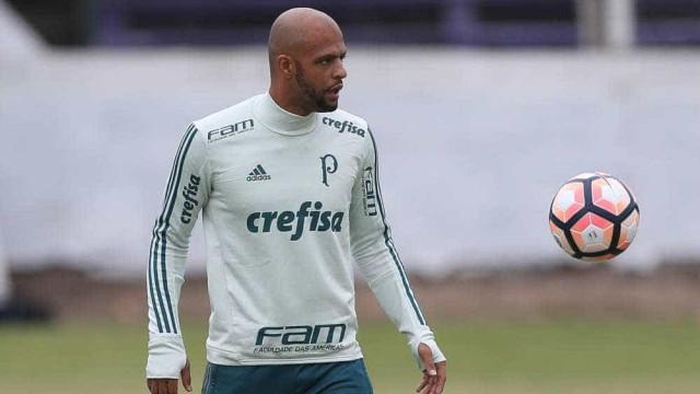 Felipe Melo revidou tapas de Clayson, diz árbitro