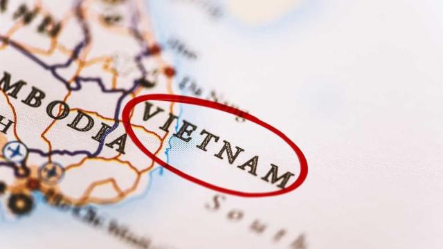 Incêndio em edifício residencial mata 13 pessoas no Vietnã