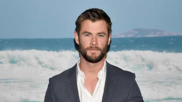 Chris Hemsworth brinca ao dizer que está pronto para viver Deadpool