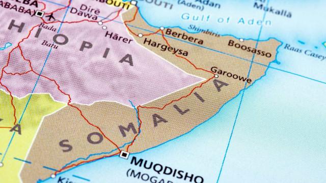 Menina submetida a mutilação genital morre na Somália