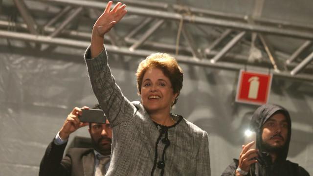 Dilma disputará Senado por Minas Gerais