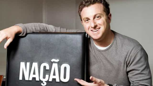Luciano Huck defende que Brasil vote  em deputados só no 2º turno