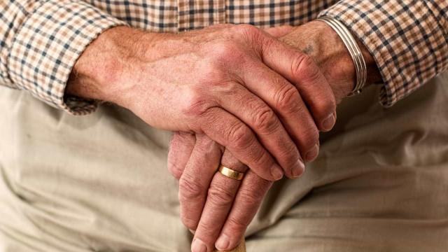 Câmara analisa mudanças em planos de saúde para beneficiar idosos