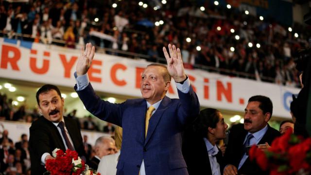 Oposição afirma que eleições na Turquia foram fraudadas
