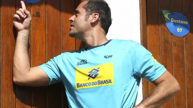 Campeão olímpico e bi mundial, Ricardinho anuncia aposentadoria