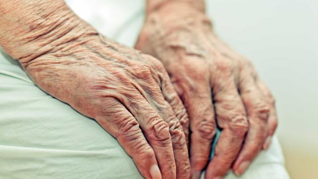 Vítima de bala perdida, idoso de 82 anos morre em frente de casa no MA