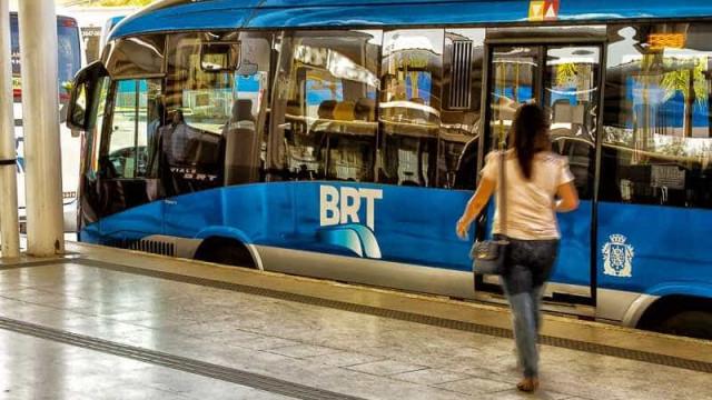 Crivella nomeia estação do BRT em homenagem a líder evangélico