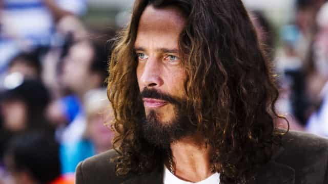 Foo Fighters, Metallica e Miley Cyrus fazem tributo a Chris Cornell