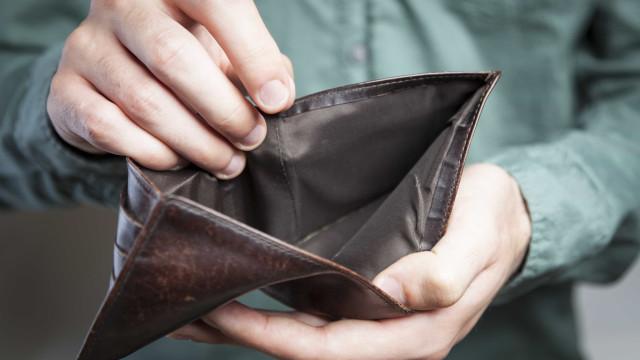 Só 1 em cada 4 brasileiros guardou dinheiro em agosto, diz pesquisa