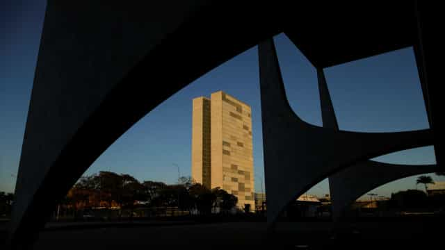Planalto admite que vices afastados da Caixa não voltarão aos cargos