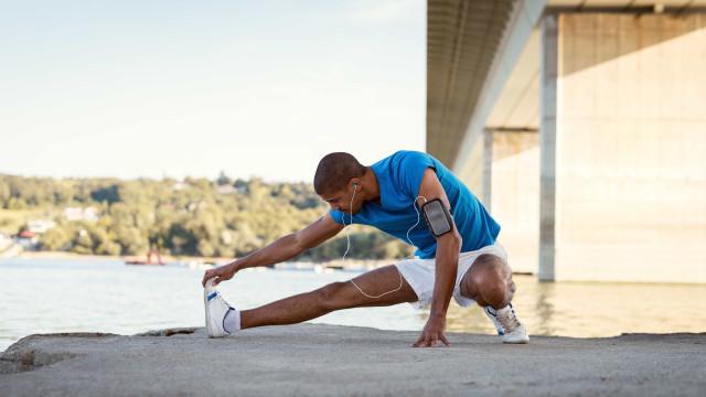 Alongamento é bom antes e depois da atividade física