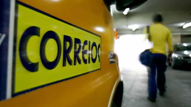 Governo estuda privatização ou abertura de capital dos Correios