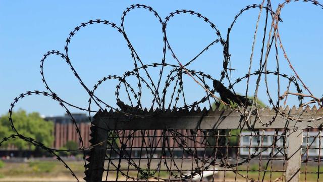 Traficantes Nem e Zeu ficarão por mais 360 dias em presídios federais