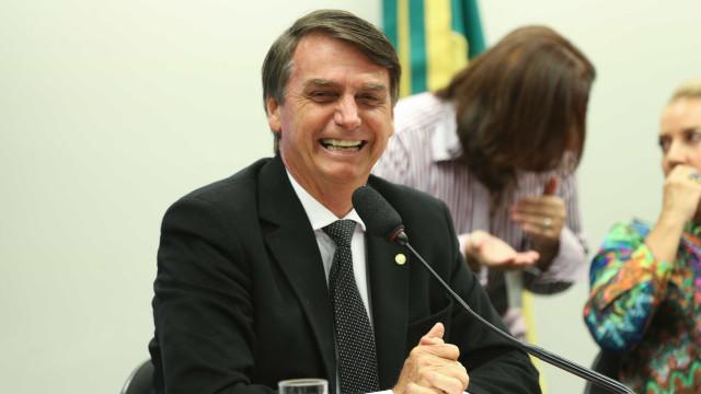 Jovens são presos por homofobia na saída de palestra de Bolsonaro