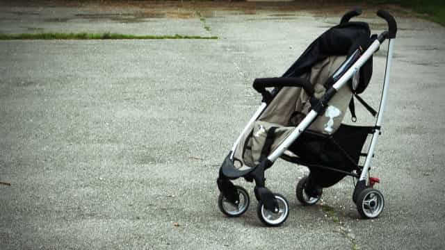 Homem achado carbonizado em carrinho de bebê morreu por R$ 150