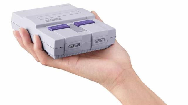 Miniatura do Super Nintendo chegará às lojas brasileiras