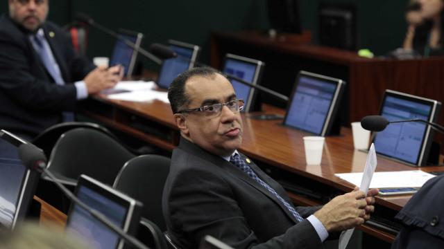 Conselho de Ética pode votar pareceres sobre cassação de deputados hoje