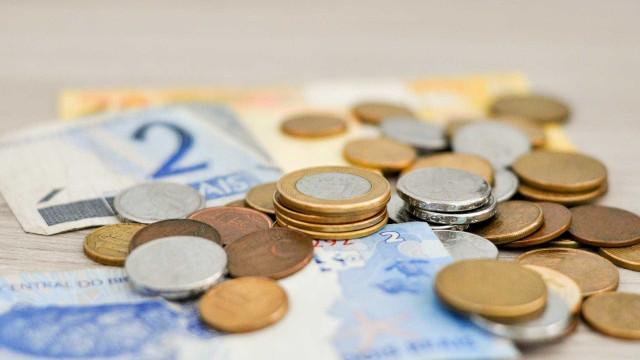 Em vez de aplicar, 25% dos poupadores guardam dinheiro na própria casa