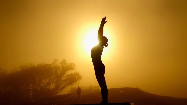 Yoga pode ajudar na saúde das futuras mamães