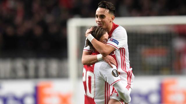 Aposentado aos 20, ex-jogador do Ajax sai do coma depois de um ano