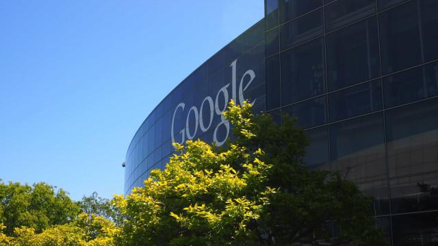 Google tenta retomar óculos inteligentes  no mundo corporativo