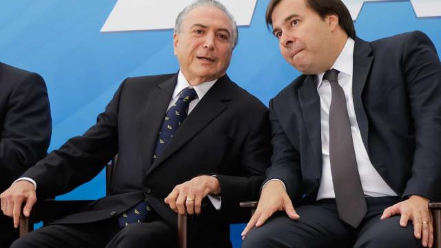 Temer recebe Moreira Franco, Maia e Flávio Rocha