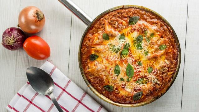 Lasanha de frigideira rápida, prática e saborosa; confira a receita!