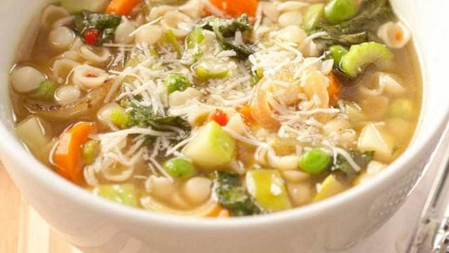 Aprenda a tradicional receita de Sopa Colonial, muito comum no sul