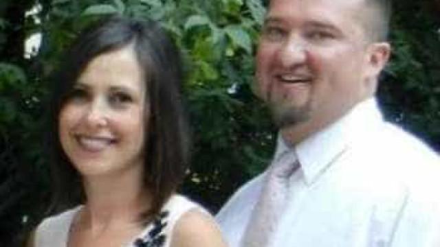 Americano mata esposa que  'não consequia parar de rir' dele